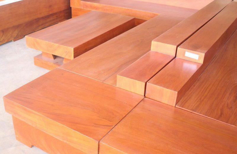 Cửa gỗ làm bằng gỗ gõ đỏ Nam Phi dùng có tốt không? - Cuagonguyengia.com